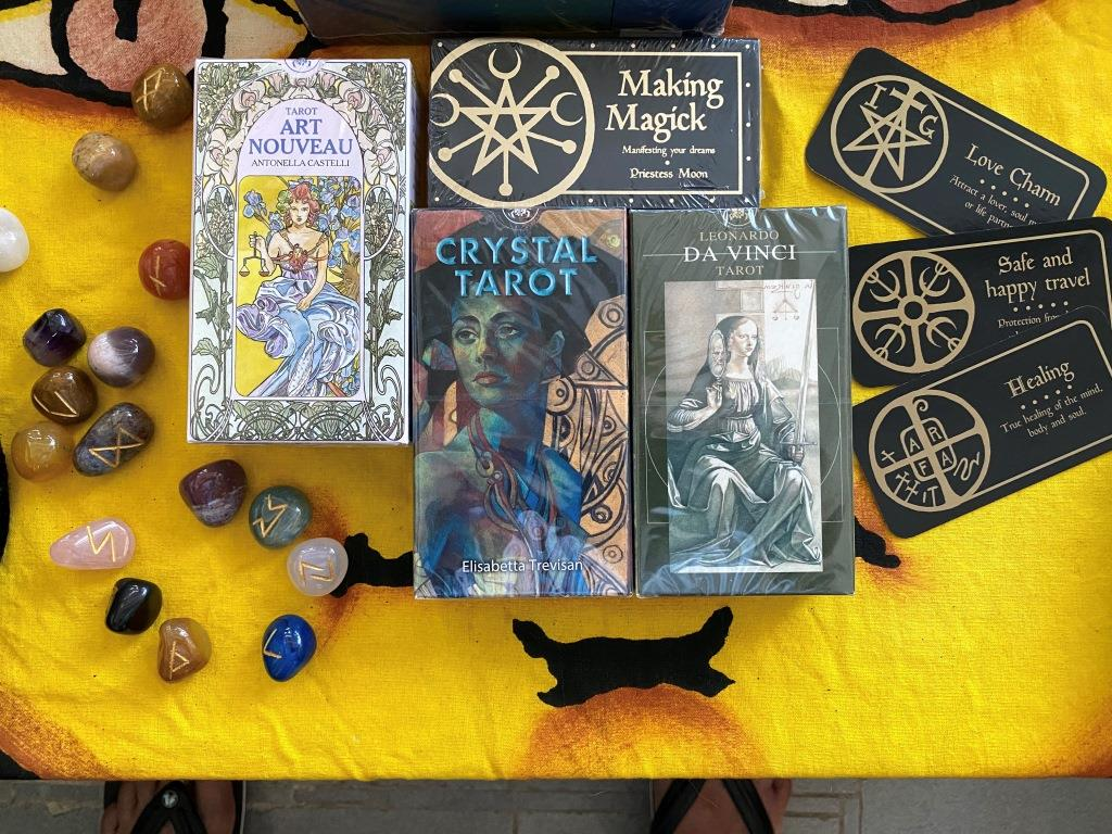 Tarot and other games at VIBE in Mui Wo